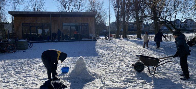 Sneeuwpret met de scouts